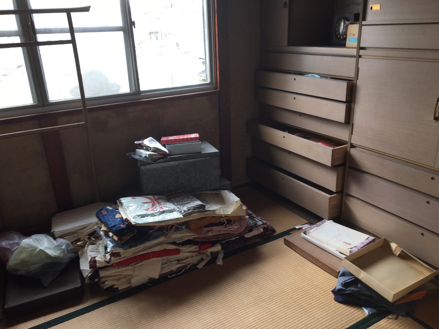 【愛知県日進市】家屋解体前のお部屋の木材以外の不用品処分