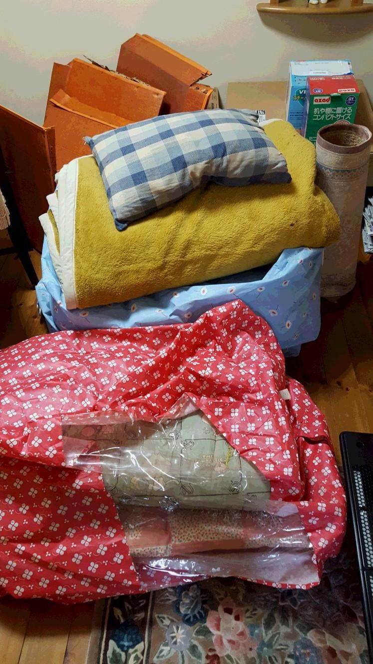【愛知県名古屋市東区】玄関にまとめた衣類ゴミなどの不用品の訪問引き取り