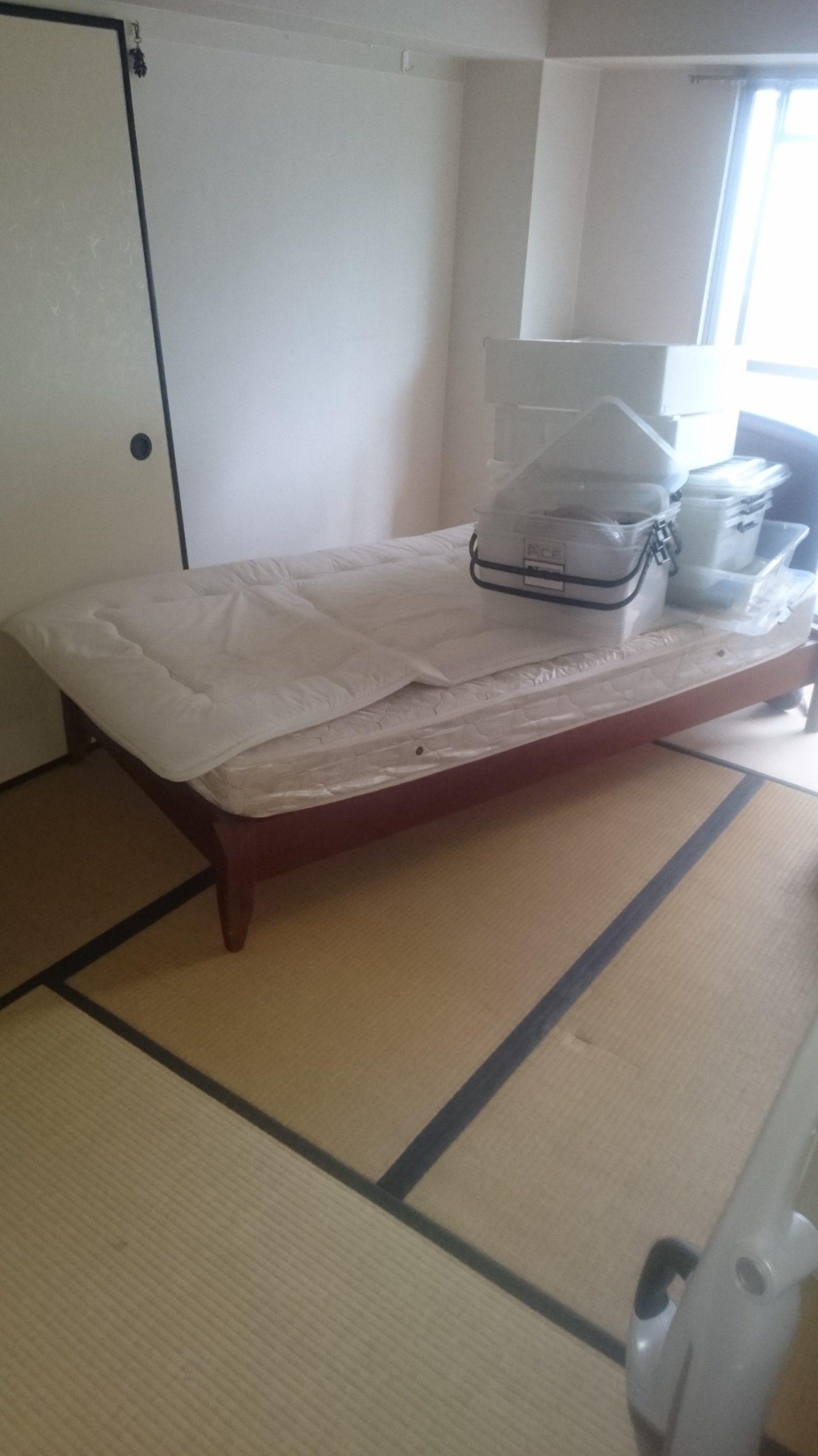 【愛知県名古屋市熱田区】和室内のベッドと衣装ケースの解体・回収