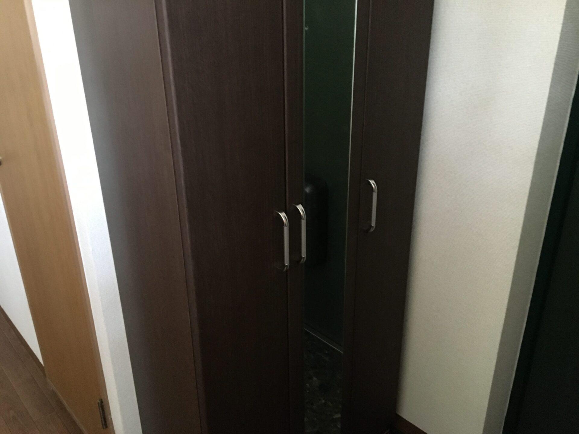 【愛知県名古屋市東区】玄関のスペース拡大のための下駄箱の引き取り