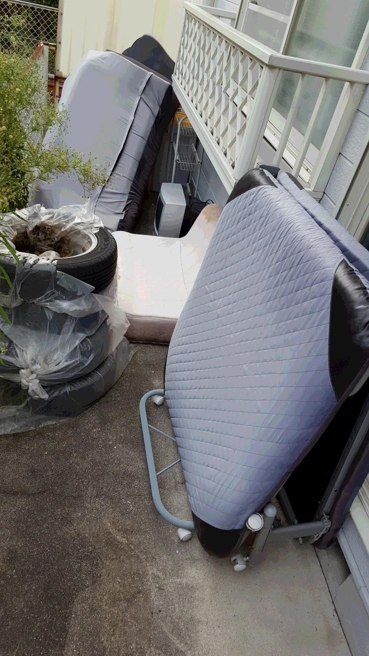 【愛知県蒲郡市】ベランダに放置してあった家具や雑貨の不用品処分