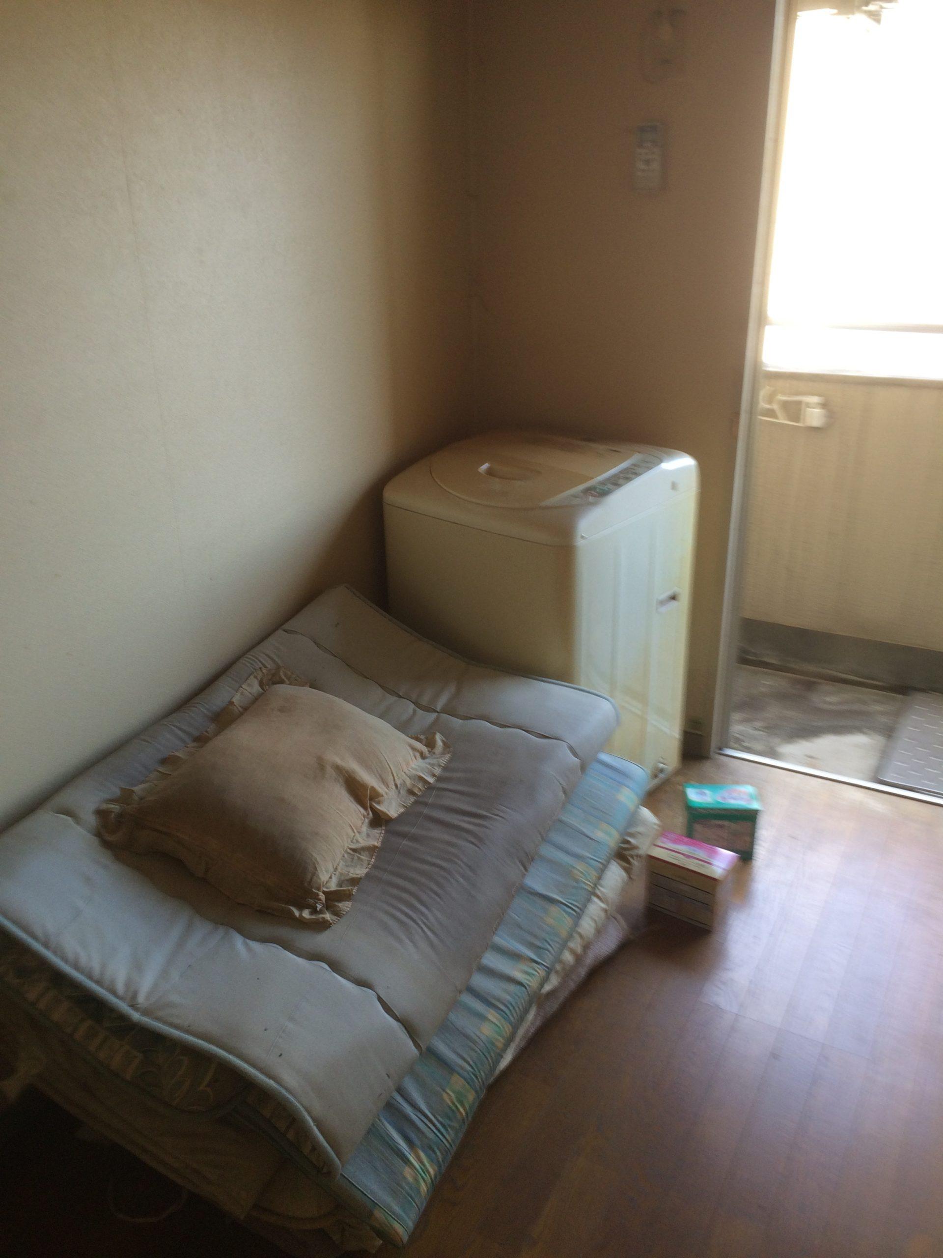 【愛知県日進市】お引越し時に出た布団・小型冷蔵庫などの不用品回収