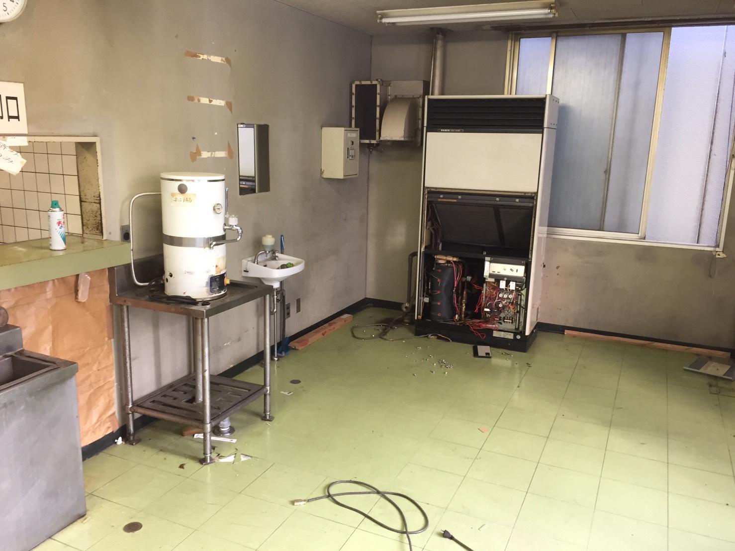 【愛知県名古屋市中区】業務用清浄機と給湯器の回収