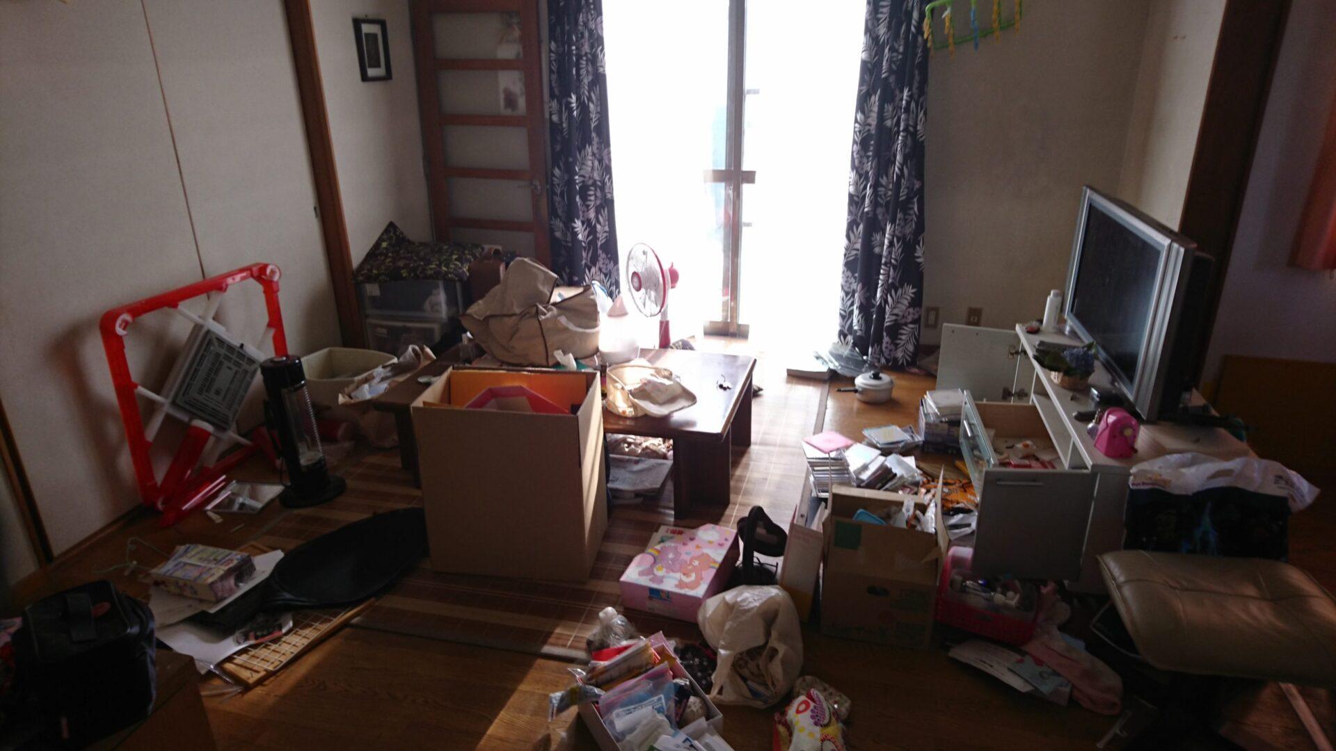 【愛知県名古屋市中区】テレビや机、雑貨等の回収