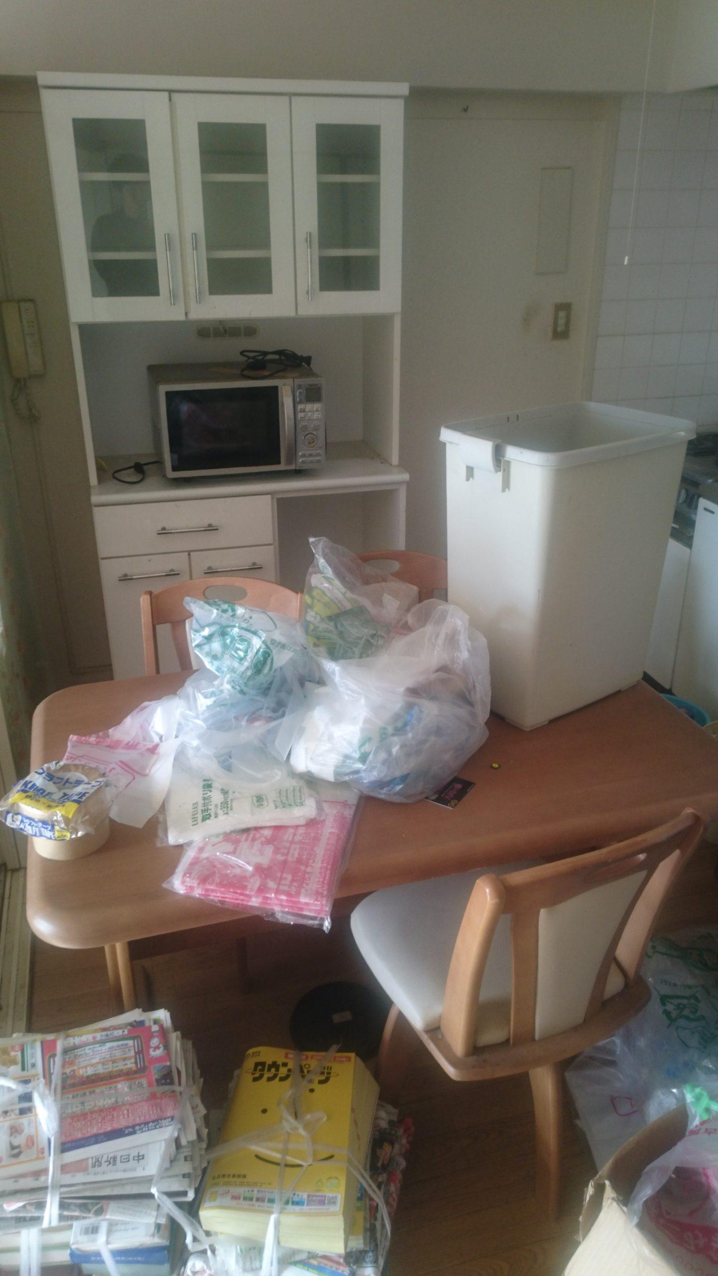 【愛知県名古屋市緑区】食器棚やダイニングテーブルなどの回収