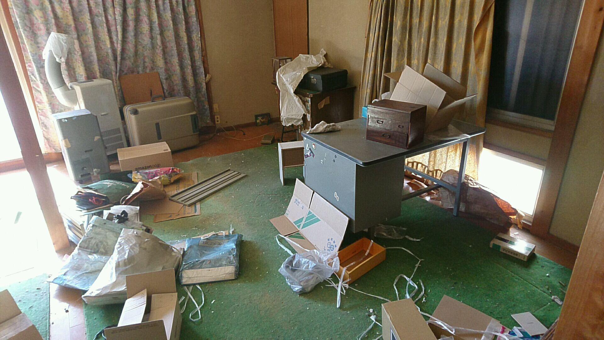 【愛知県名古屋市熱田区】事務机や小家電、小物などの回収