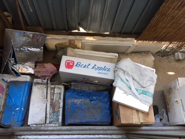 【愛知県名古屋市北区】ベランダにあるゴミの回収と清掃作業