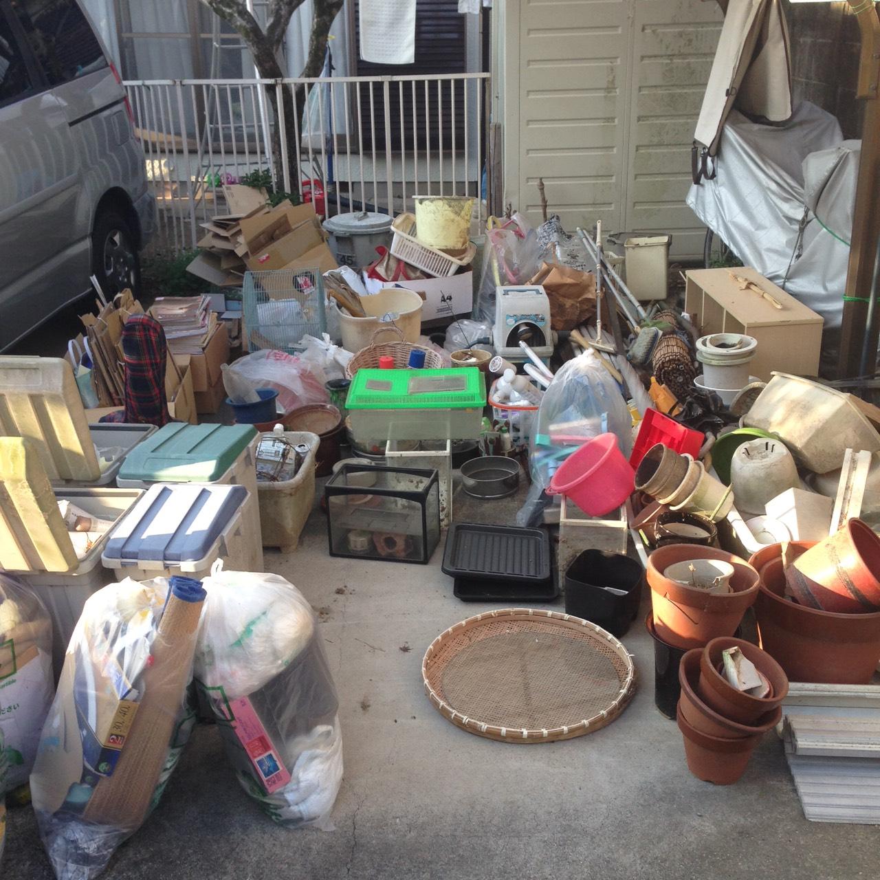 【愛知県豊田市】お庭回りと倉庫内の不用品回収