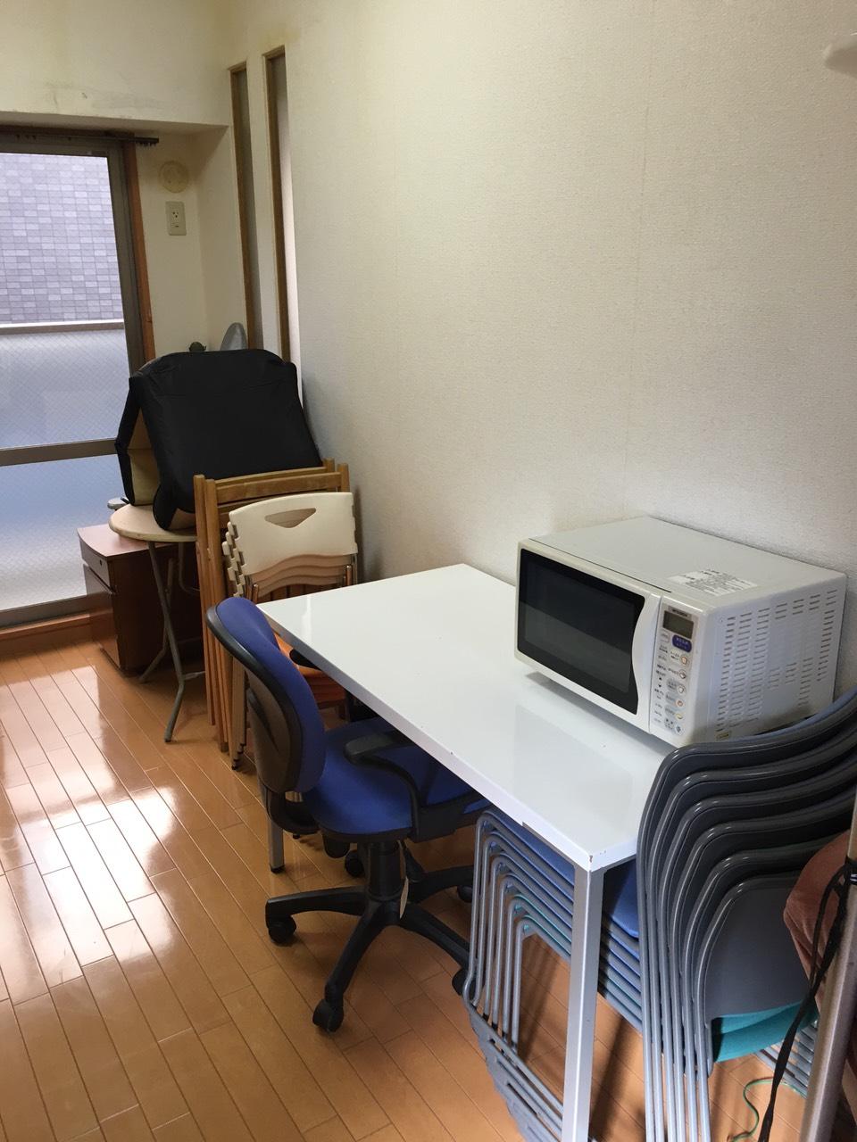 【愛知県名古屋市熱田区】机や椅子などの出張回収