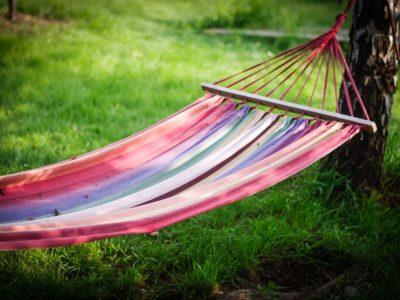 ハンモックでのんびり過ごしたい!上手な選び方とお得な処分方法